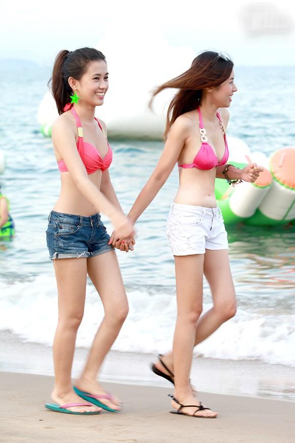 Bikini + quần short trẻ trung