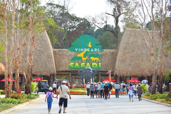 Tham quan vườn thú Vinpearl Safari
