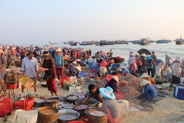 Hải sản Quang Phú